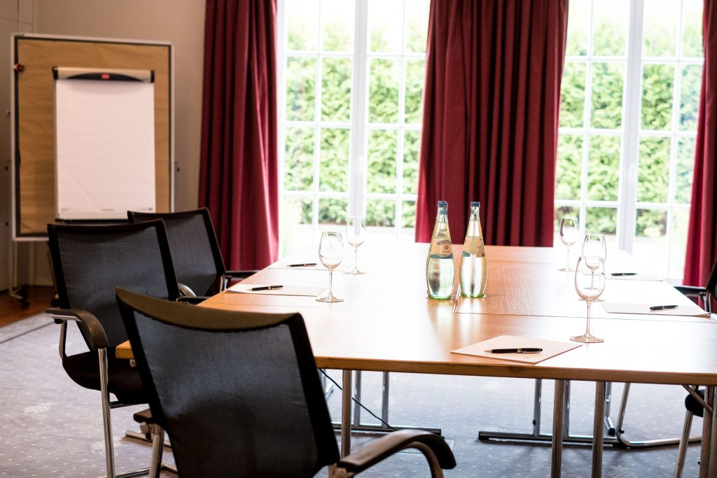Tagungen-Konferenzraum-Schlosshote-Muenchhausen